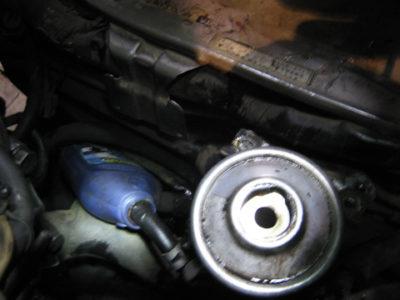 стук в рулевой рейке форд фокус 3