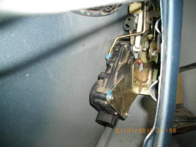 замена замка двери ваз 2107