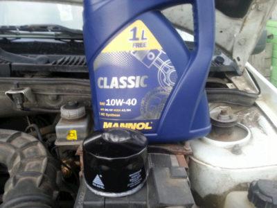 сколько масла в двигателе ваз 2106
