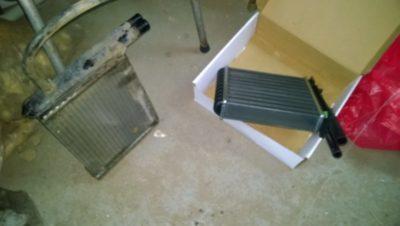 как прочистить радиатор печки не снимая