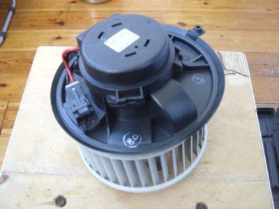 не работает вентилятор печки рено меган 2