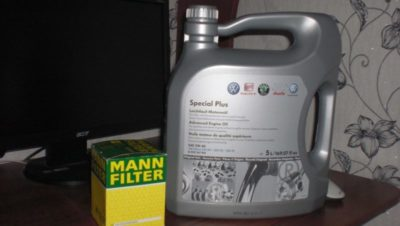 замена масла фольксваген поло седан