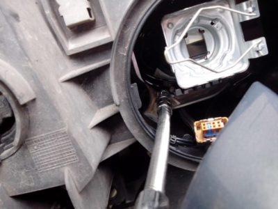 замена лампочки рено меган 2