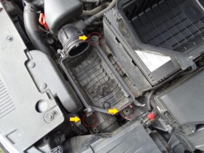 замена воздушного фильтра шкода октавия а5