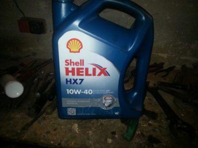 какое масло заливать в двигатель лада гранта