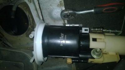 шкода октавия а5 замена топливного фильтра