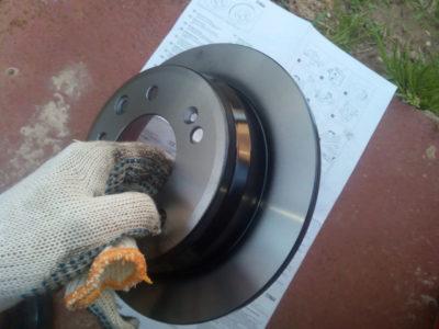 замена тормозных дисков киа рио