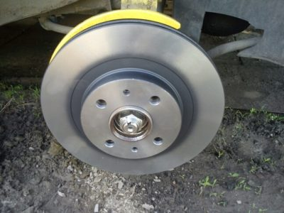 ваз 2112 замена тормозных дисков