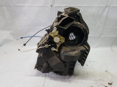 рено сандеро замена моторчика печки